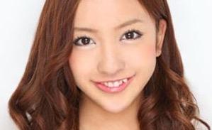 西田静香 板野友美